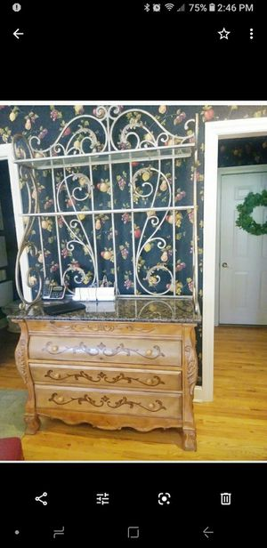 Table & Chairs PLUS Bakers rack/Buffet table for Sale in Linwood, KS