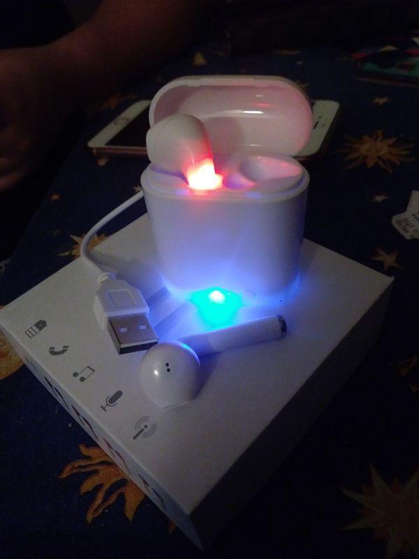 Bluetooth wireless headphons