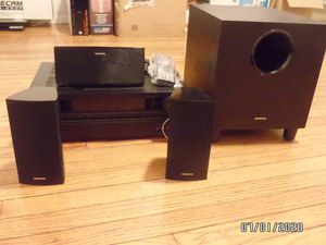 Onkyo Av Receiver HT-R393 With Bluetooth, Hdmi ,Remote, speaker and subwoofer for Sale in Chicago, IL