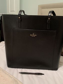 Kate Spade Large Tote for Sale in Manassas,  VA