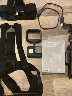 GoPro Hero 8 with 3ft Extendable Tripod and Chest and Head straps/mounts and micro SD. for Sale in Phoenix,  AZ