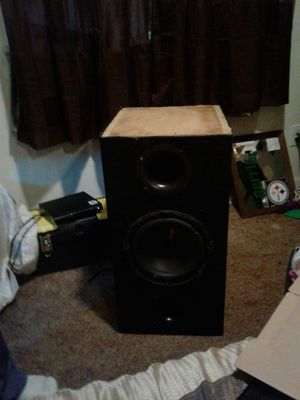 """box with 1 audiopipe 10"""" inch speaker for Sale in Tacoma, WA"""