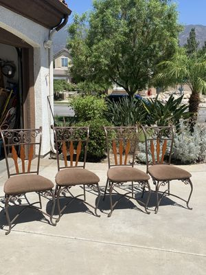 Metal kitchen chairs for Sale in Fontana, CA