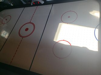 6ft Air hockey table for Sale in San Lorenzo,  CA