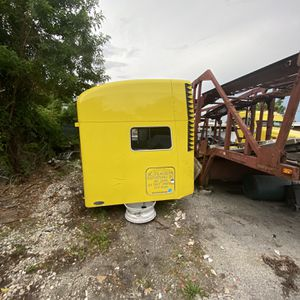 Peterbilt for Sale in Miami, FL