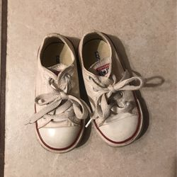 Size 7 Converse for Sale in Yukon,  OK