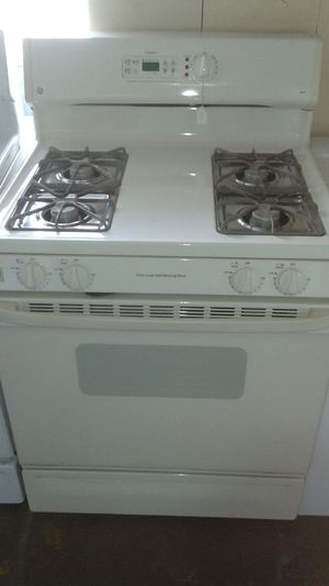 Gas or propane stove for Sale in Tampa, FL