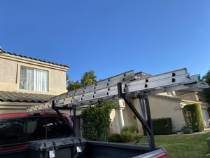28' Werner extension ladder used only a couple times for Sale in Corona, CA