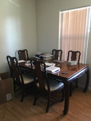 CHINA CABINET/HUTCH WITH MATCHING DINING TABLE for Sale in Vienna, VA