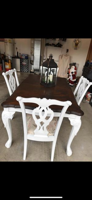 Newly refinished Solid Kitchen table with chairs for Sale in Lake Stevens, WA