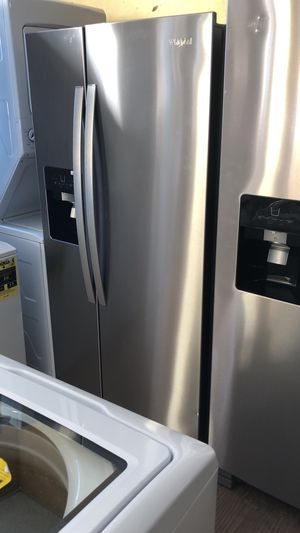 "33"" side by side refrigerator NEW for Sale in Englewood Cliffs, NJ"