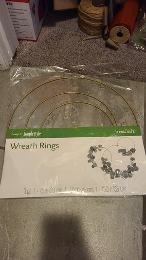 Wreath Rings Party Decoration NEW birthday for Sale in Moreno Valley, CA
