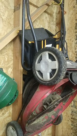 Electric lawn mower with bag for Sale in Lakeside, TX