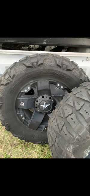 Rockstar rims 20x10 on nitto mud grapplers 37x13.5 for Sale in Naples, FL