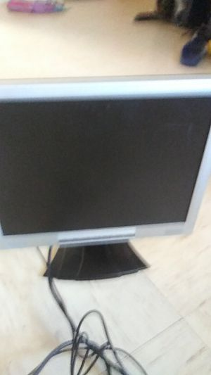 Small computer monitor for Sale in Fresno, CA