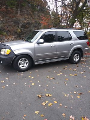 Toyota sequoia for Sale in Waterbury, CT