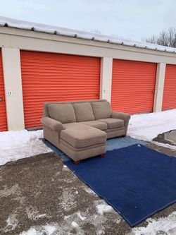 Couch With Reversible Chaise Ottoman for Sale in West Dundee,  IL