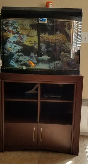 Fish tank w stand for Sale in Sacramento, CA