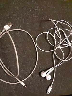 iPhone Headphones and Charger for Sale in Washington, DC
