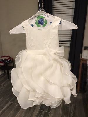Flower girl dress - size 2-3 for Sale in Los Angeles, CA