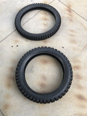 Brand New dirt bike tires and paddles for Sale in Boulder City, NV