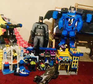 Batman/hero imaginext lot for Sale in Altoona, IA