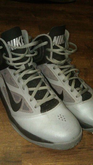 Nike Dual Fusion Basketball Shoes Size 10 for Sale in Irwindale, CA