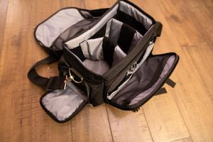 Canon shoulder bag for Sale in Seattle, WA