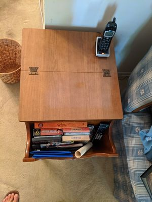 Coffee and End Tables Colonial for Sale in Frederick, MD
