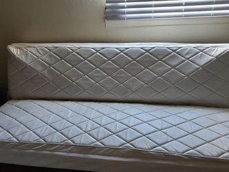 White futon for Sale in Aurora,  CO