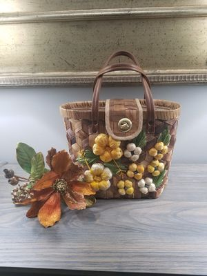 Vintage Hand Woven Hand Bag Tote Purse for Sale in Jackson Township, NJ