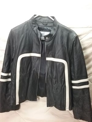 Ladies leather jacket by Wilson's Leather, size XL for Sale in Flushing, MI