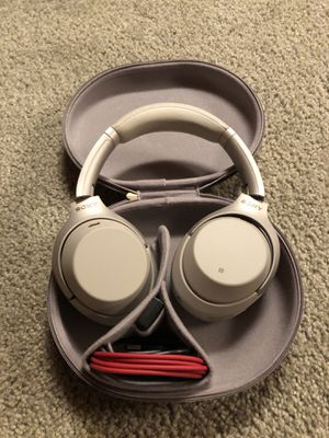 Sony WH1000XM3 Headphones for Sale in Parma, OH
