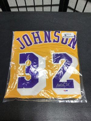 Magic Johnson Autographed Lakers Jersey for Sale in Virginia Beach, VA