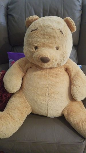 Pooh large teddy bear for Sale in Lake Worth, FL