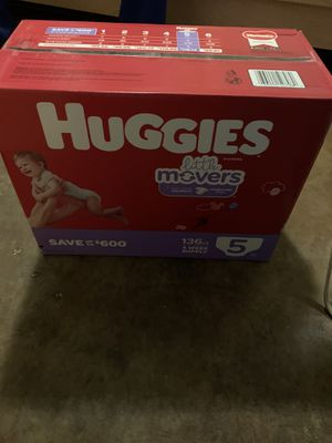 Huggies size 5 for Sale in Round Rock, TX