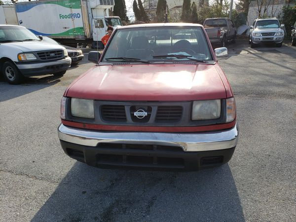 Nissan pick up over 200000 miles selling as is