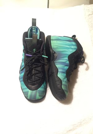 "Nike Foamposite ""Northern Lights"" 7Y for Sale in Arlington, TX"