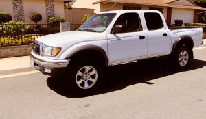 Led headlights 2003 Toyota Tacoma Keyless remote for Sale in Bellevue, WA