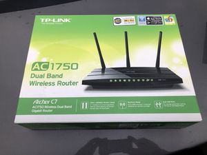 TP link Archer C7 like new with box for Sale in Chicago, IL