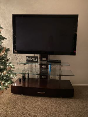 60 inch Samsung TV with stand for Sale in El Cajon, CA