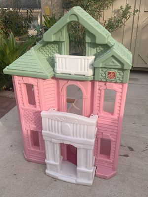 Kids doll house for Sale in Fresno, CA