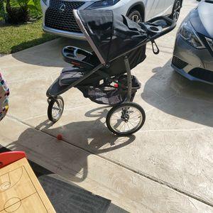 Stroller for Sale in Port St. Lucie, FL