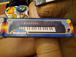 Beginners keyboard for sale for Sale in Clinton, MD