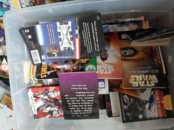 large lot of old & new STAR WARS books selling lot very reasonable price