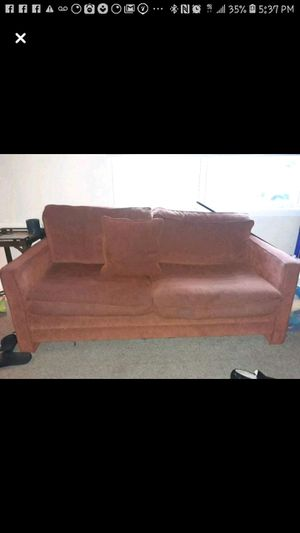 Free sofa!!!!! for Sale in Mary Esther, FL