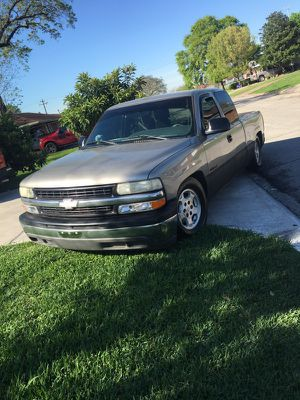 2001 Chevy ext cab for Sale in Pasadena, TX
