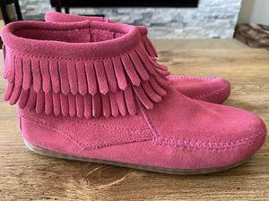 Minnetonka Boots Girls Size 3 for Sale in Chandler, AZ