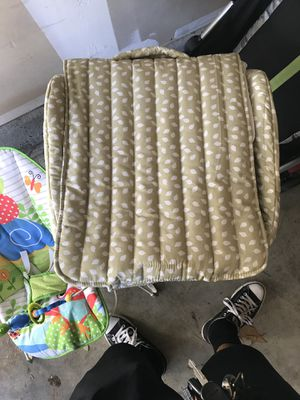 Snuggle nest / bouncer /stroller for Sale in San Diego, CA