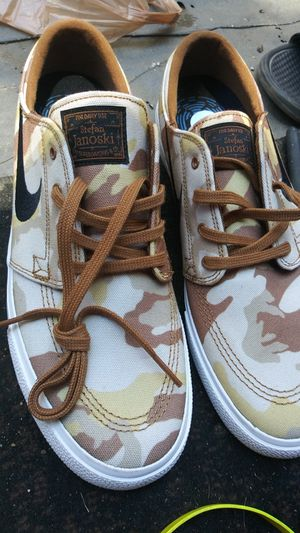 Nike SB CAMO for Sale in Hawthorne, CA